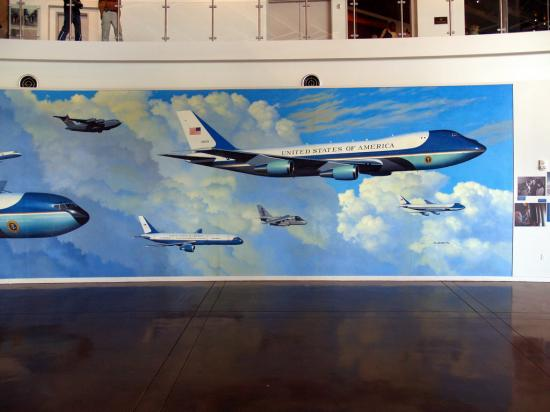 Air Force One Today And Yesterday 2