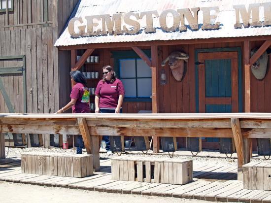 Gemstone Mining 1