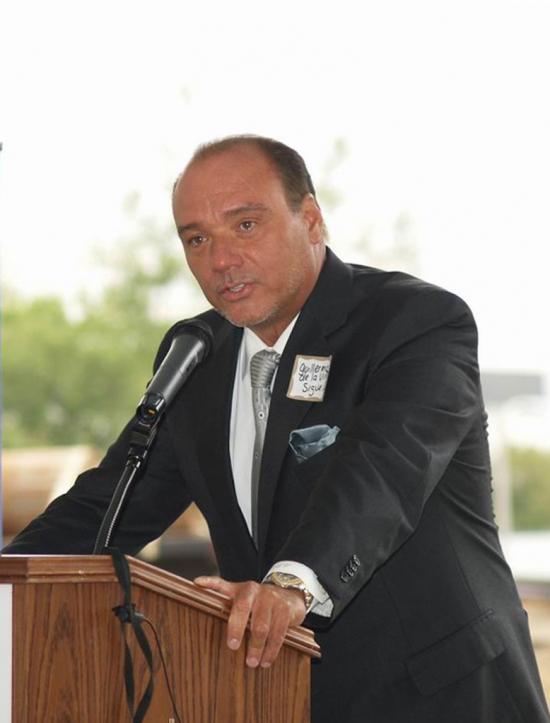 Guillermo De La Vina  2