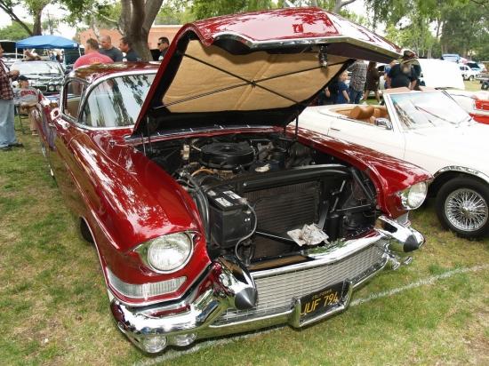 Cadellac Coupe De Ville 1957  1