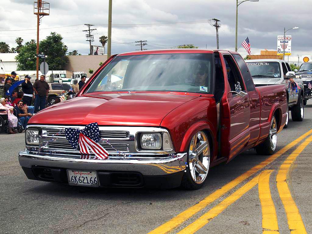 Chevy Custom Suv  6
