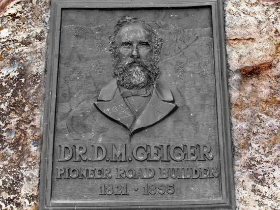Dr.d.m. Geiger