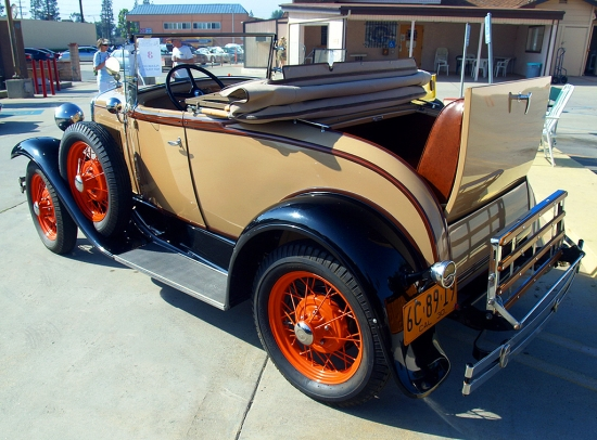 Ford 1930 Convertible  04