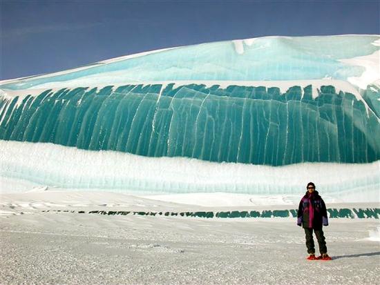 Antarctica Frozen Wave 11