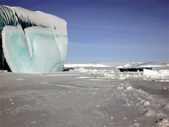 Antarctica Frozen Wave 11