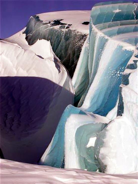 Antarctica Frozen Wave 18