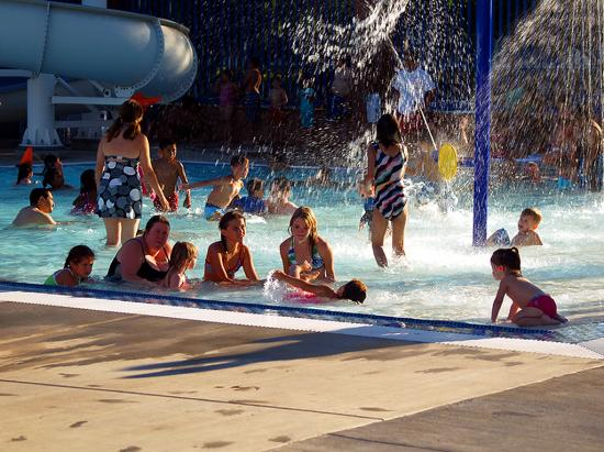 Northridge Pool  04